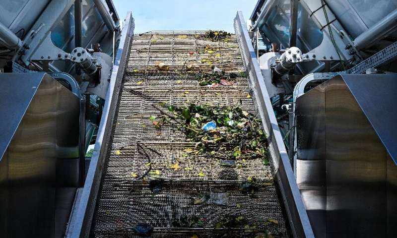 Device Collects 50 Tons of Trash